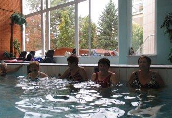 Rehabilitační cvičení a plavání
