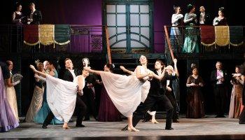 Veselá vdova / Franz Lehár - Severočeské divadlo opery a baletu - změna titulu