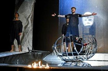 Odysseus / podle Homéra - náhrada za 23.4.